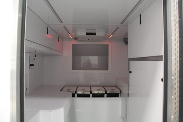 Interior Overcab RT2 Lab
